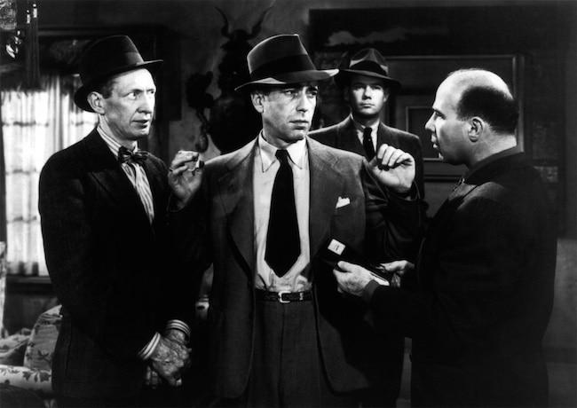 Humphrey Bogart en Philip Marlowe dans Le grand sommeil, de Howard Hawks (1946), d'après Raymond Chandler.