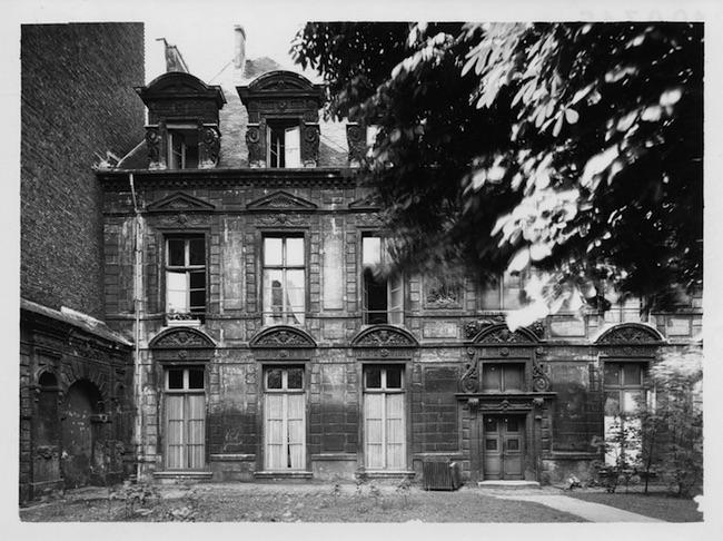 62 rue Saint-Antoine, hôtel, corps principal, façade jardin, photo A. Cayeyux, jeudi 20 mai 1943.
