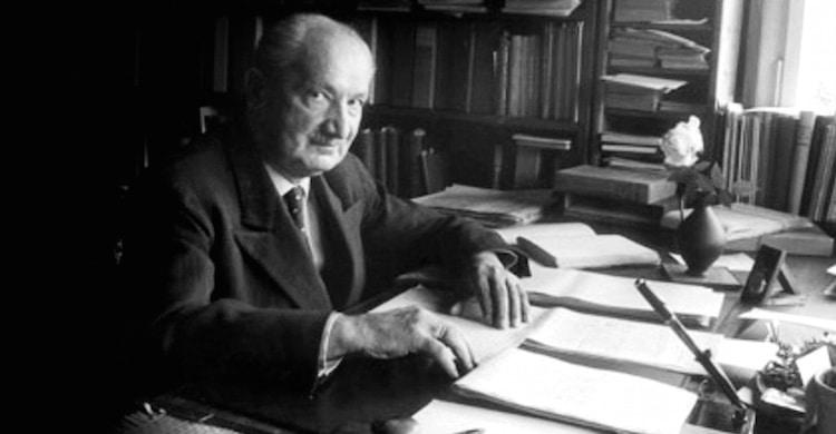 Heidegger goldschmidt silence bavard