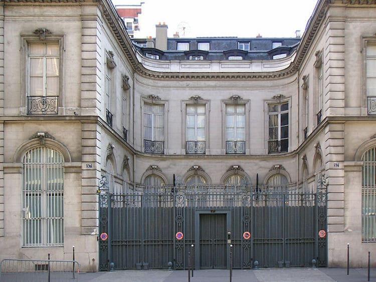 Institut Wildenstein chronique judiciaire Marie Etienne En attendant Nadeau