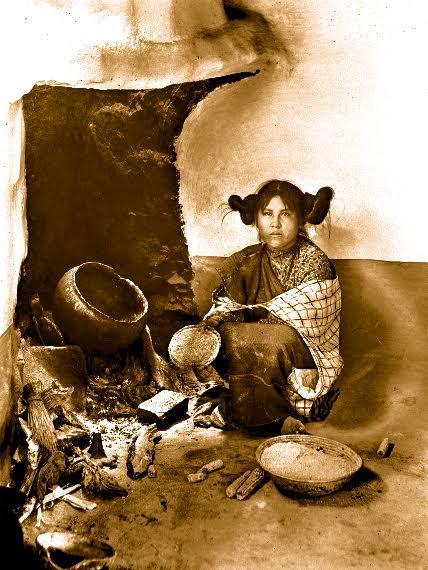 Femme préparant du maïs, James George Wharton, 1898 © University of Southern California
