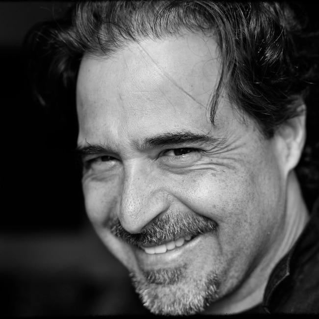 José Eduardo Agualusa, La société des rêveurs involontaires