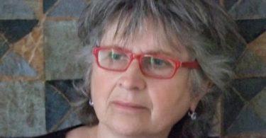 Renata Ada-Ruata, Les choix de Lara