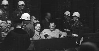 Guillaume Mouralis, Le moment Nuremberg. Le procès international, les lawyers et la question raciale