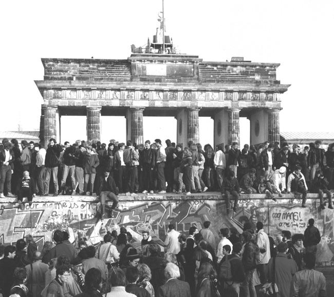 Felix Denk et Sven von Thülen, Der Klang der Familie. Berlin, la techno et la chute du Mur
