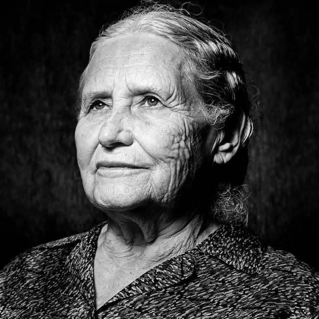 Doris Lessing, L'invention du représentant de la planète 8