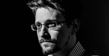 Edward Snowden, Mémoires vives