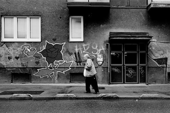 Anne Madelain, L'expérience française des Balkans, 1989-1999
