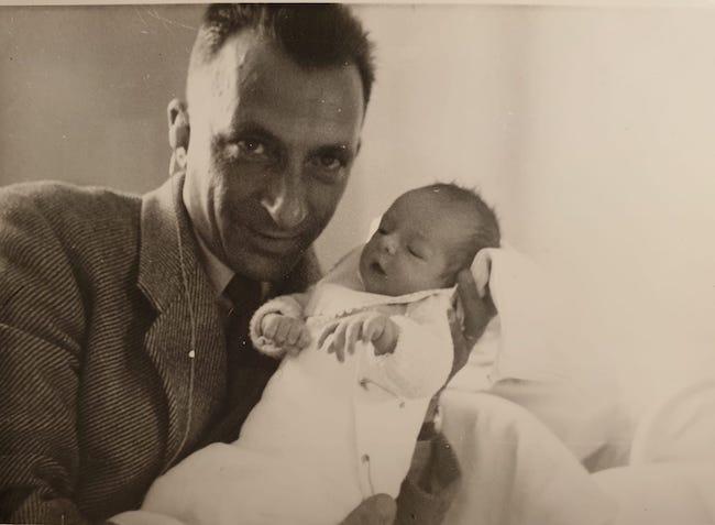 Régis Jauffret, Papa