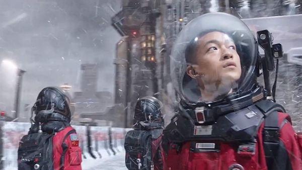 Hypermondes chronique science-fiction Liu Cixin Ken Liu Sébastien Omont