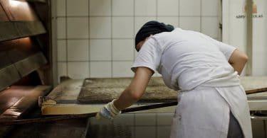Le pain selon Itaru Watanabé et Steven L. Kaplan : une tradition