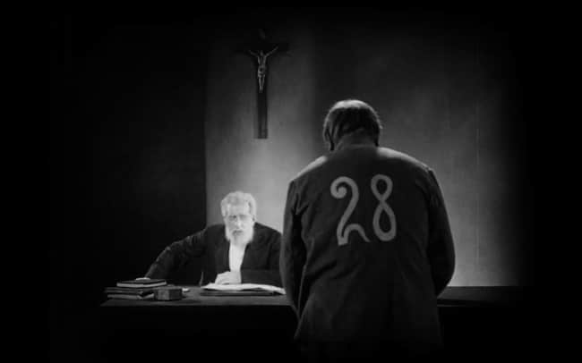 De Caligari à Hitler, de Siegfried Kracauer, et un essai d'Olivier Hagard