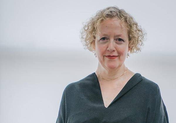 Lucy Ellmann, Les lionnes
