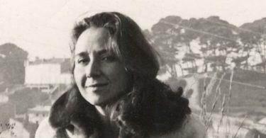 Anna Gréki, Juste au-dessus du silence