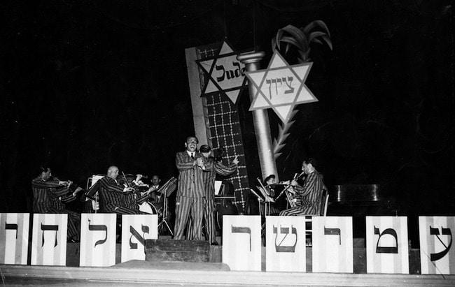 L'attente. Dans les camps de personnes déplacées juives, de Nathalie Cau
