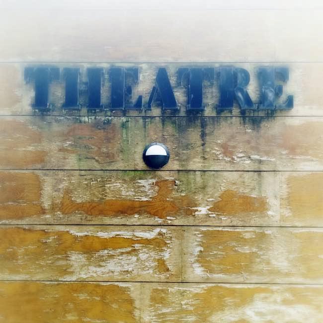 Une autre histoire du théâtre, de Pascale Goetschel : agonies du théâtre
