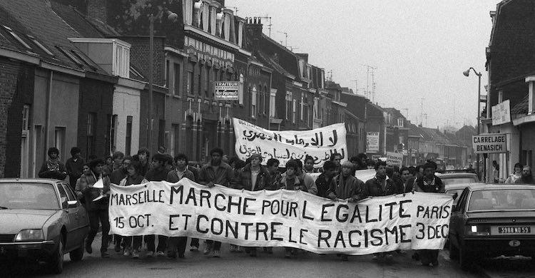 Stéphane Beaud et Gérard Noiriel, Race et sciences sociales. Essai sur les usages publics d'une catégorie