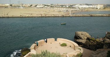 À mille chants du naufrage, de Mohamed Hmoudane : encres fulgurantes