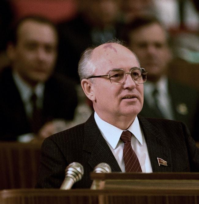 Mikhaïl Gorbatchev et les taches blanches de la Glasnost